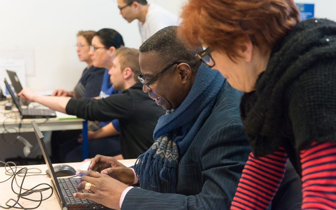 Se donner les moyens d'une société numérique solidaire